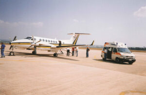 Preparati al servizio di ambulanza privata aereo-taxi - CROCE D'ORO